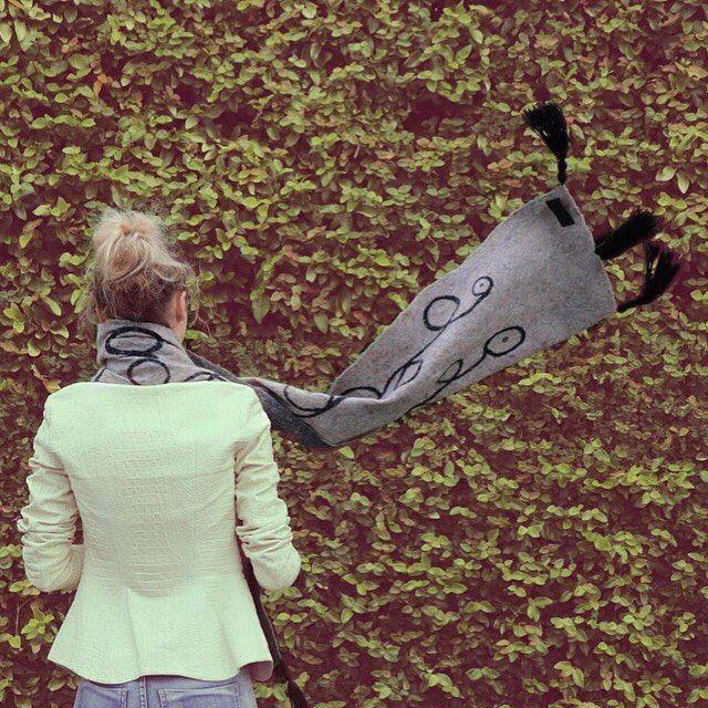 Handmade scarf  #fashion #style #valeins #handmade #scarf #nunofelt #felt #merino #merinowool #newzealandwool #nzfashion #stitching #streetstyle #streetfashion #aucklandfashion #wool #silk #grey #black #tassels #leaves #insta_fashion