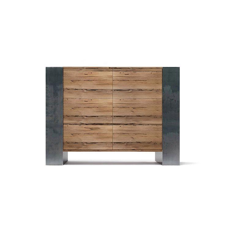 Credenza in legno e metallo Cabinet. Design essenziale è perfetto nelle rifiniture allo stesso tempo é ciò che lo rende unico