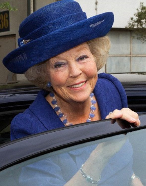 Dutch Princess Beatrix attends the celebration of the 200th anniversary of the Dutch Bible in Utrecht, Netherlands, 28-06-2014.  lovely smile!