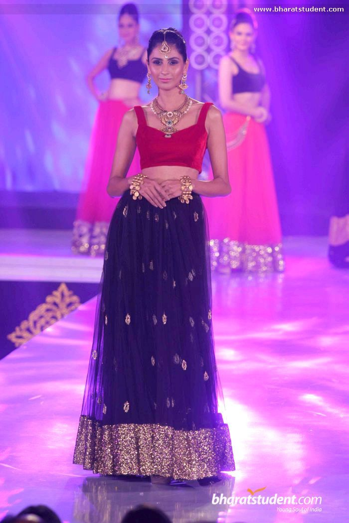 1st India Bullion & Jewellery Awards - Gold Glitter & Polka Dots in Blue lehengha - outstanding