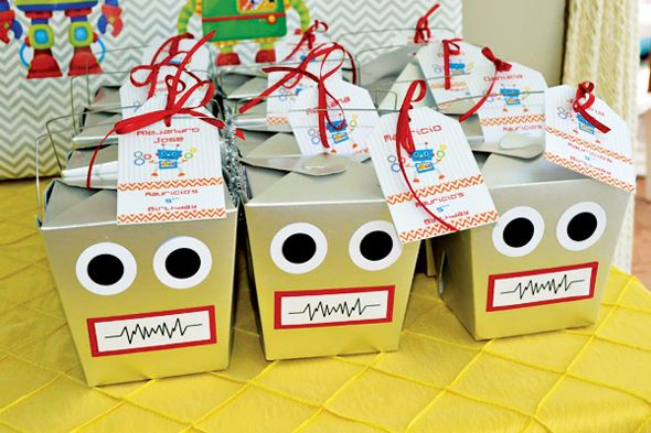 Love the adorable details in this amazing and colorful Robot Birthday Party!