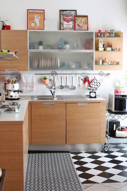 """Foto """"pinnata"""" dalla nostra lettrice Manù Pavimenti a scacchi... la mia cucina/ Chess Floor ... my kitchen"""