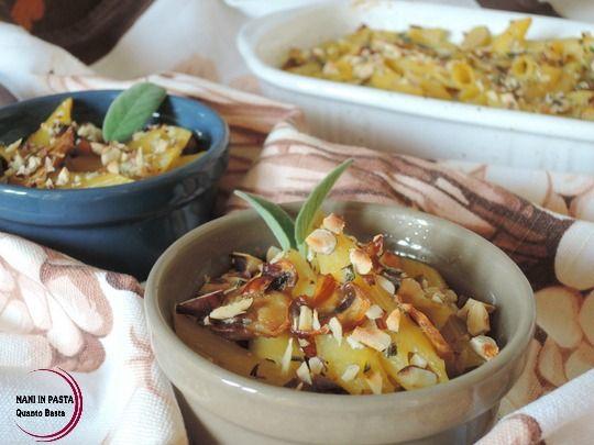 Pasta al forno con funghi e nocciole http://maninpastaqb.blogspot.it/2015/11/pasta-al-forno-con-funghi-e-nocciole.html