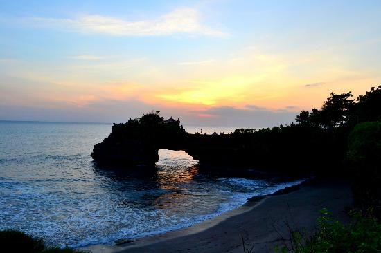12 spots for sensational sunsets Tanah Lot Temple Bali, Indonesia