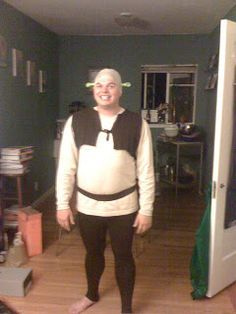 ~RoB-ing the Line: Homemade-ish Shrek Costume