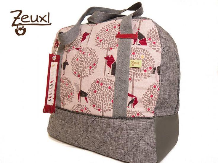 Zeuxl Reisetasche Wolf | Schnitt: Taschenspieler 3 von Farbenmix