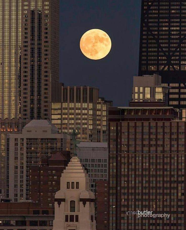 Super Moon, November 2016, over Chicago