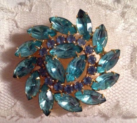 Stunning vintage aqua blue floral crystal brooch by 4Seas on Etsy, $25.00