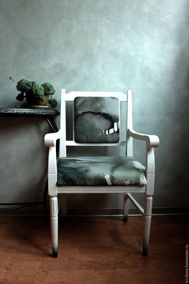 Купить Белое кресло. Перекраска и перетяжка - декор мебели, мебель на заказ, перекраска мебели