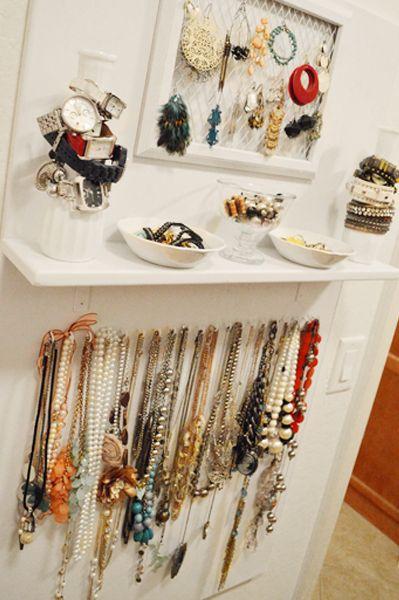 DIY Jewelry Storage Board :: Hometalk