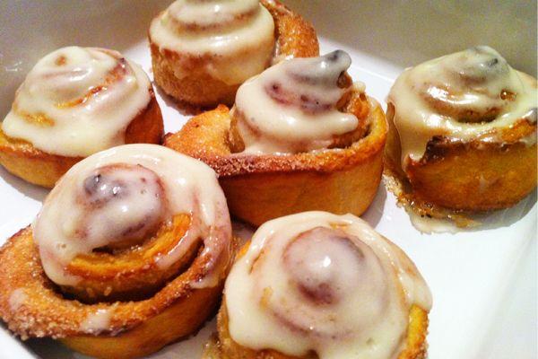 Ρολά κανέλας (cinnamon rolls) | ΜΑΜΑ ΠΕΙΝΑΩ!