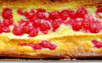 Broodpudding met rode bessen en amandel