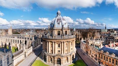 Oxford wallpaper