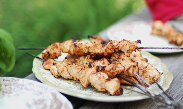Kyllingespyd med kokos og lime