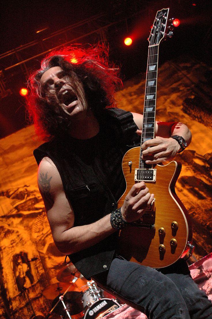 55 best guitarristas images on pinterest guitar players rock and rock bands. Black Bedroom Furniture Sets. Home Design Ideas