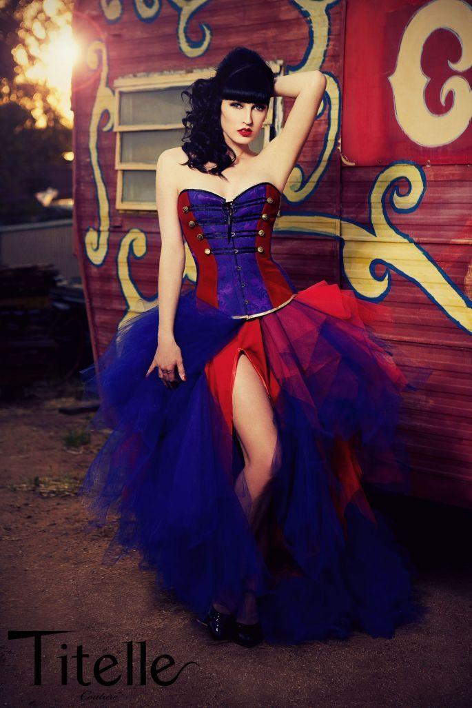 Robe de mariée Titelle 2012 - Collection La Dompteuse Circus