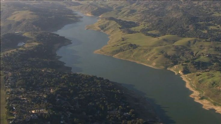 California reservoir ordered to be drained over fears