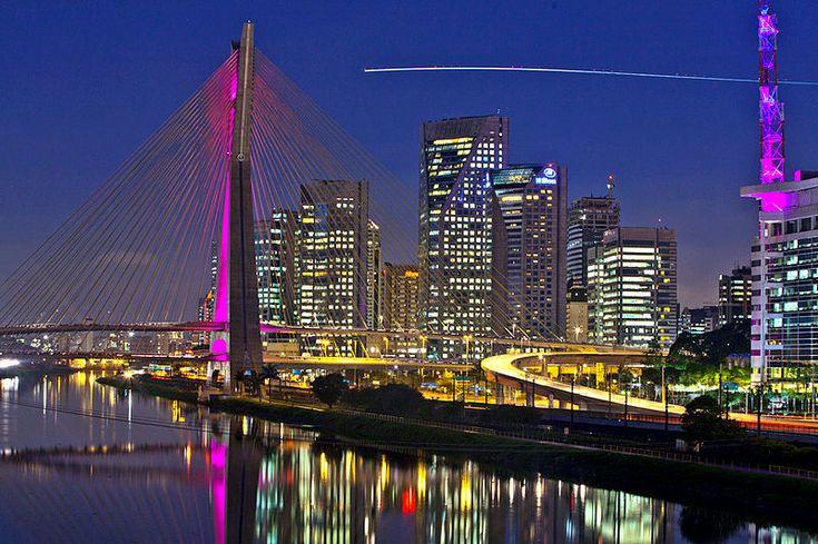 Home. I love this city. Sao Paulo, Brazil during breast cancer awareness month São Paulo minha cidade!