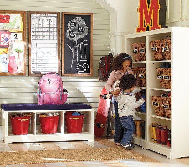 Хранение детских игрушек и организация рабочего места ребенка. ИДЕИ))