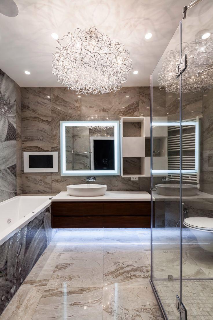 Свет и освещение в интерьере от дизайн-студии U-Style. Дизайнерский светильник в интерьере ванной комнаты.