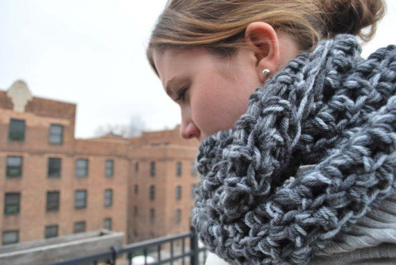 Super Quick Crocheted Circle Scarf Pattern | A Crafty House: Knitting and Crochet Patterns and Crafts