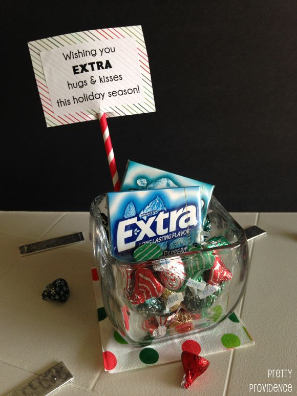"I love this holiday gift idea! ""Wishing you extra hugs and kisses this holiday season!"""
