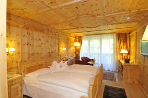 Hotel Lorenzetti Suite legno