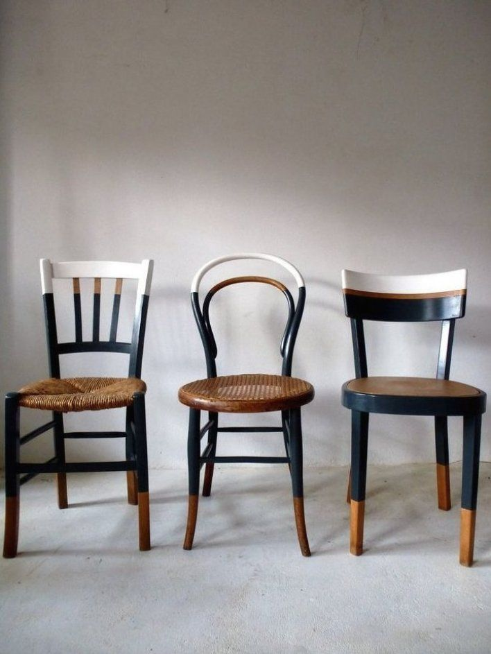 Ensemble De 6 Chaises Anciennes D Pareill Es Vintage Cuisine Bistrot Relook Es Dans Le M Me Style In 2020 Vintage Chairs Upcycled Furniture Furniture Makeover