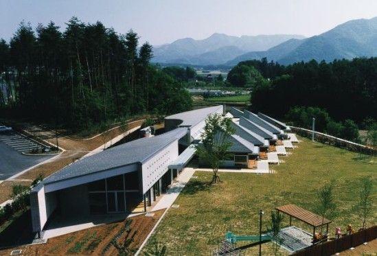 日建設計 『しらかば保育園』 http://www.kenchikukenken.co.jp/works/1228371773/7654/