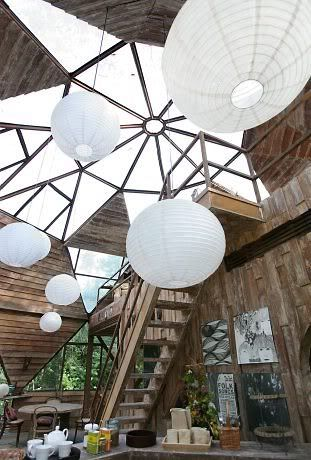 My goodness, this place is just heaven isnt it?   This globe house is made out of mainly reclaimed materials and ...