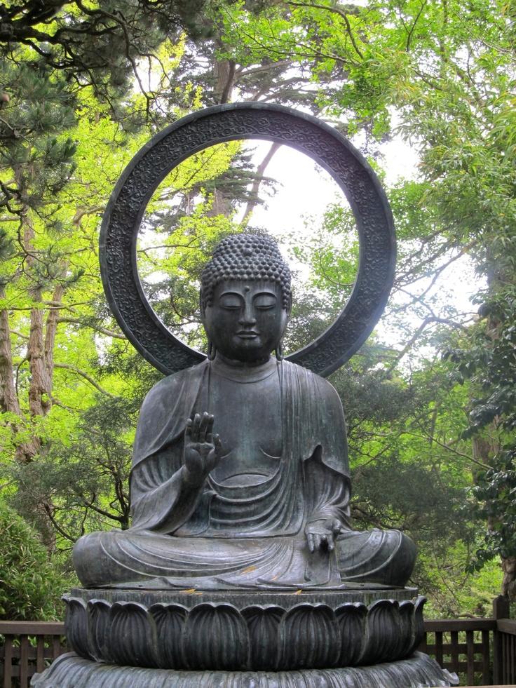 Buddha in Goldengate park.