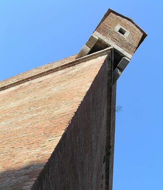 Antichi bastioni by osserv@r, via Flickr #InvasioniDigitali il 25 aprile alle ore 10.00 Invasore: Alessandro Fichera
