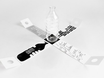 ··: Plastic Bottle, Water Bottle, Packaging Design, Gauthier Bottle, Bottle Packaging, Graphics Design, Glasses Bottle, Bottle Design, Design Blog