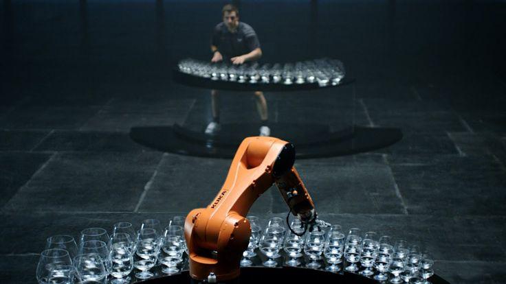The Revenge: Timo Boll vs. KUKA Robot // Just stunning!!!!
