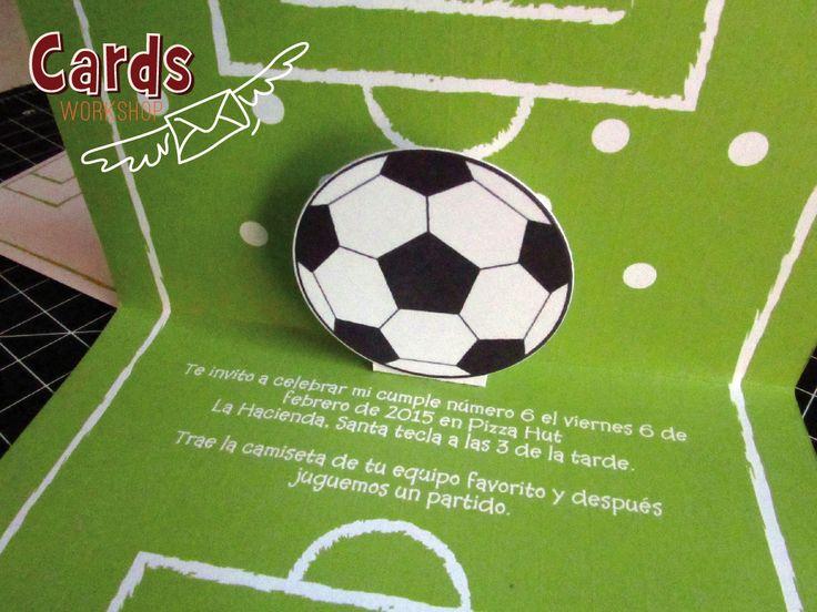 Diseño en relieve de tarjeta de fútbol.