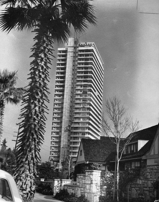 Sierra tower under construction 1966 los angeles ca - Architecture interieurs contemporains sunset strip ...
