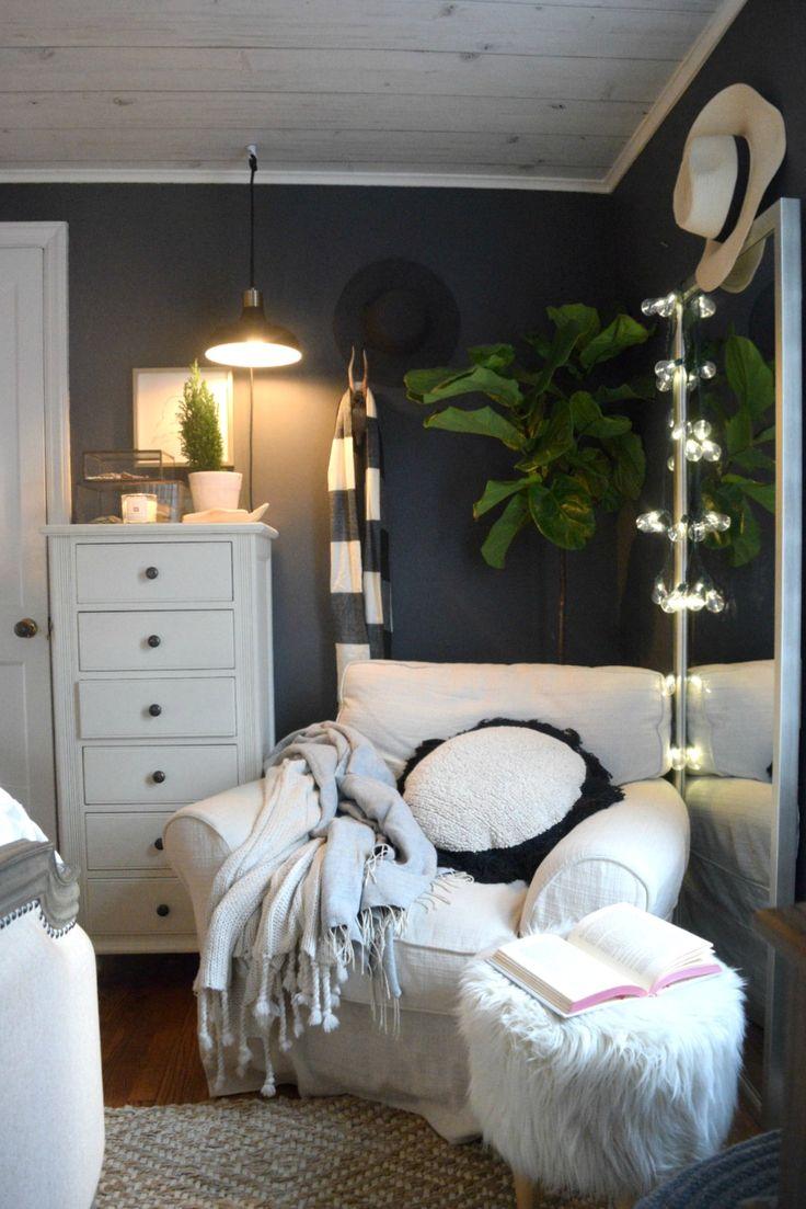 Christmas Bedroom Ideas  Simple Garland and Cozy Bedding   christmasdecorations  christmasbedroom  masterbedroom. Best 25  Bedroom ideas ideas on Pinterest   Diy bedroom decor