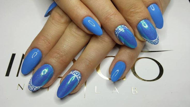 Cookie Monster Gel Brush by Paulina Walaszczyk Indigo Educator #blue #nail #nails #white #lace #gelbrush #hot #hotnails