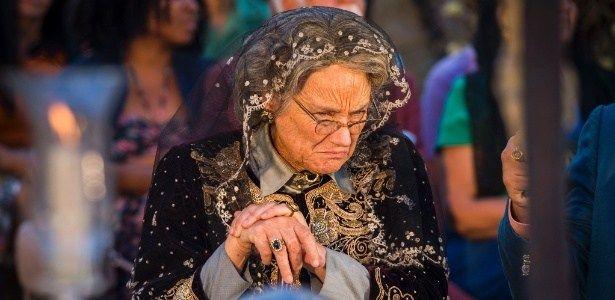 """Velho Chico - """"Dói muito"""", diz Selma Egrei sobre cenas de Santo #Ator, #Atriz, #Camera, #Diretor, #Fotos, #Gente, #Globo, #Grupo, #Homenagem, #M, #Morreu, #Morte, #Mundo, #Noticias, #Novela http://popzone.tv/2016/09/velho-chico-doi-muito-diz-selma-egrei-sobre-cenas-de-santo-2.html"""