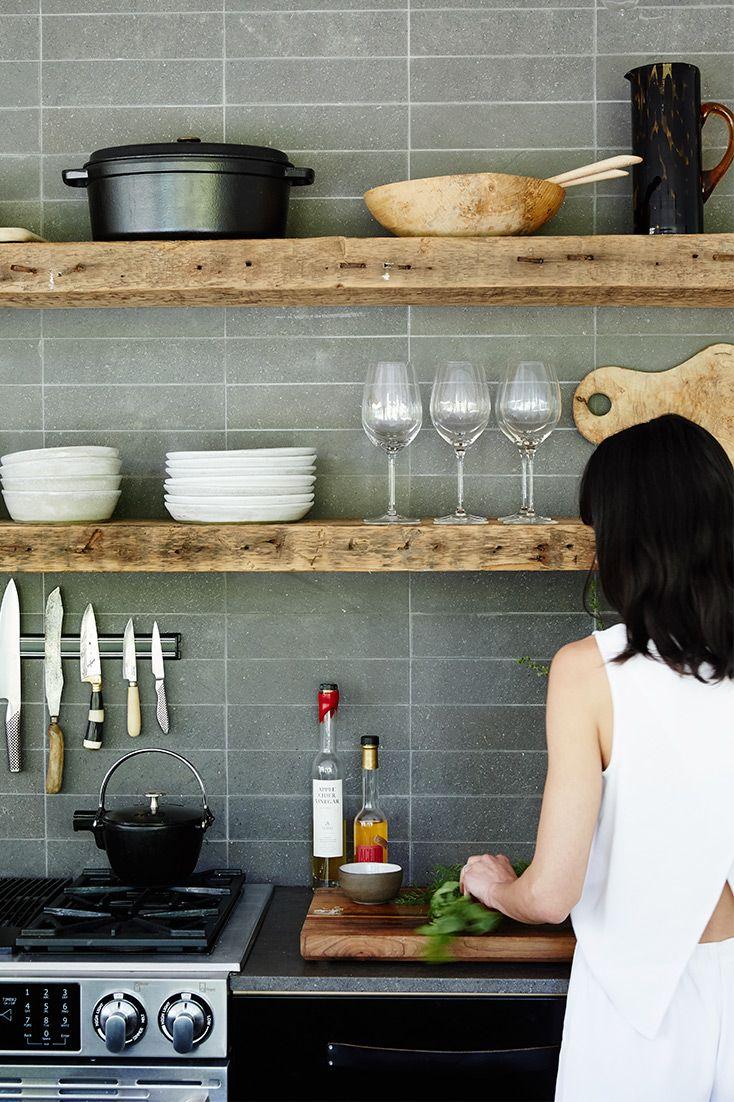 Küchenregal aus Holz