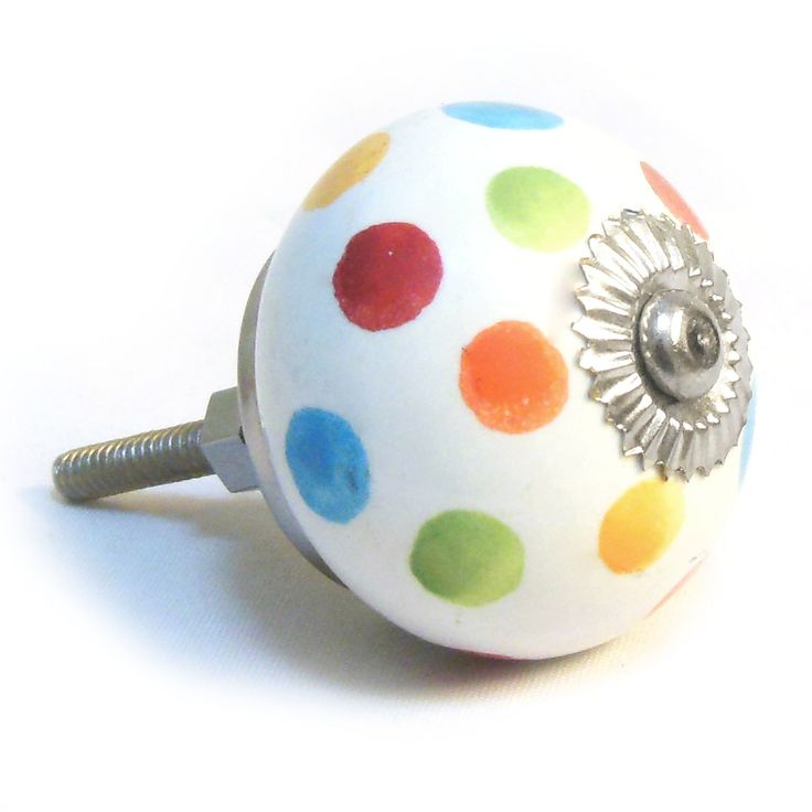Update your interiors with this fun and stunning multi-coloured spotted polka dot coloured spotted ceramic door knob.   These decorative door knobs will add style to your furniture; from brightening up your kitchen cupboards to adding decadence to your wardrobes, they are perfect for adding that finishing touch.