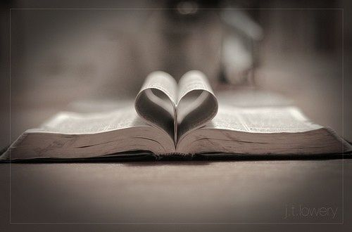 awwThe Lord, Bible Study, Heart, Faith, God Love, God Is, Book, Words Of God, Wedding Rings