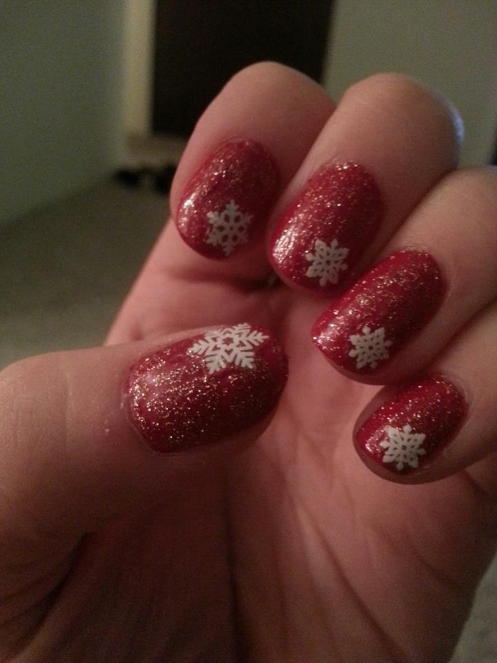 Red base, green glitter crackle, white snowflake accent. :)  https://www.facebook.com/TrendyNailsByAmanda