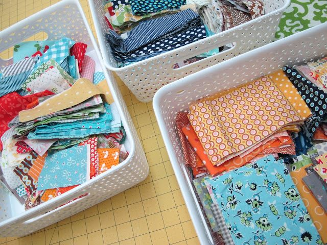 Bee In My Bonnet: From my Quilty Studio...How I Save My Fabric Scraps...and All About Leaders and Enders!!!