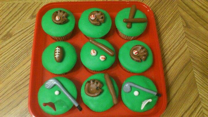 Sport theme cupcakes