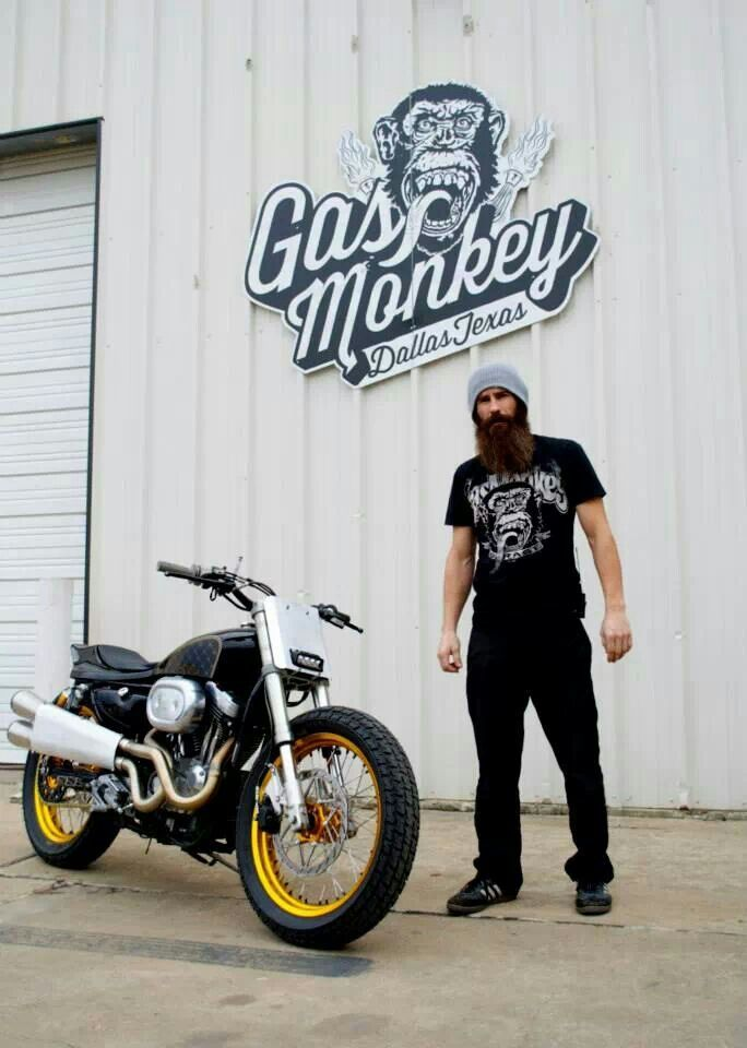 Aaron Kaufman----I love love love him! AHHH...my future husband<3