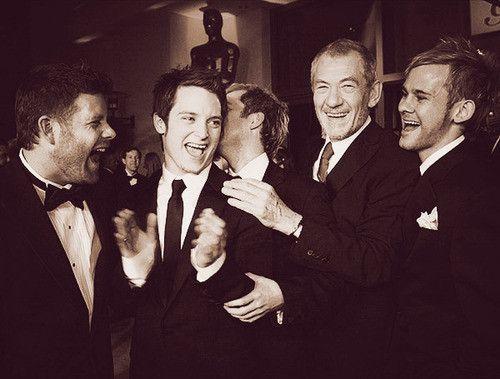 Sean Astin, Elijah Wood, Billy Boyd, Ian McKellen, and Dom Monaghan at the Academy Awards.