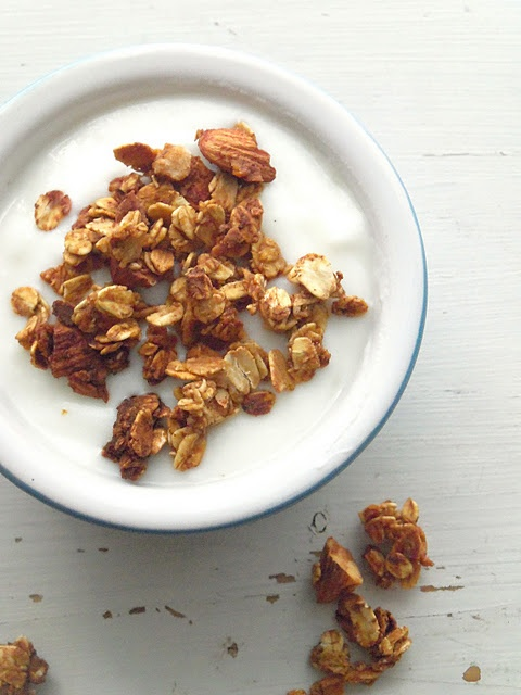 simple healthy granola. | clean eating | Pinterest