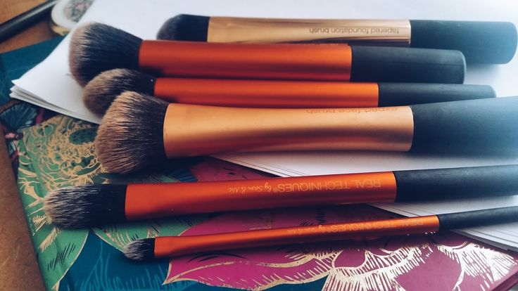 Catherine Roberts: My Real Techniques Brush Collection