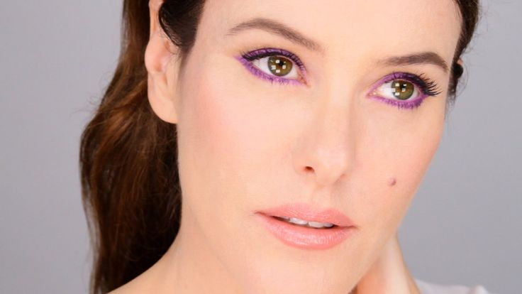 Balance Bright Colour With a Gorgeous Nude Make-Up Look - Fresh Modern Easy http://www.lisaeldridge.com/video/26985/balance-bright-colour-with-a-gorgeous-nude-make-up-look-fresh-modern-easy